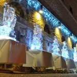 Live ice sculpture carving show at Oxford Christmas Market